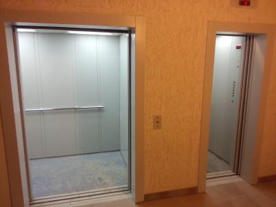 Вид из коридора на лифты - image_2.jpeg