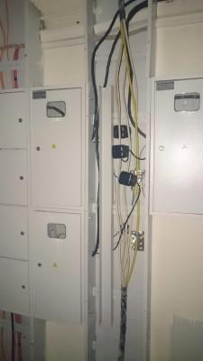 закрытые места для счетчиков электричества - DSC_1644.JPG