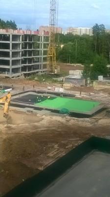 Ход строительства шестого корпуса - площадка.jpg