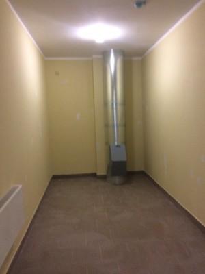 В квартиру не попала, дверь закрыта, а в коридоре на этаже как то так - IMG_2094.JPG