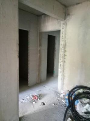 Вид из коридора на туалет, ванную комнату 3ком  - P70528-152107.jpg