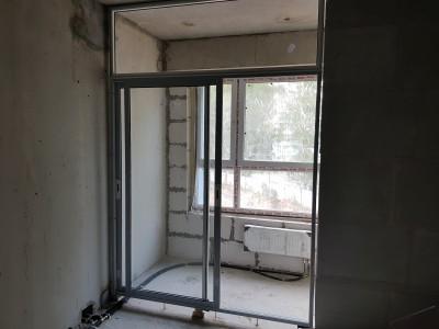 Раздвижные стеклянные двери на лоджии, ужасные на мой взгляд ;  - 20170903_174730.jpg