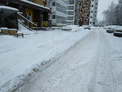 Все дружно на чистку снега  - IMG-da45f223869a53e703f79c5824f5381a-V.jpg
